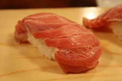 丸天の大トロ寿司