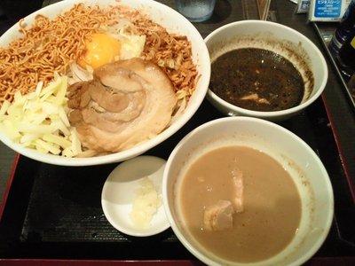 東京駅のジャンクガレッジを食べてきた