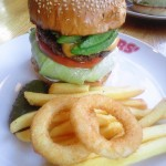 20120102_brozers_avocado_burger
