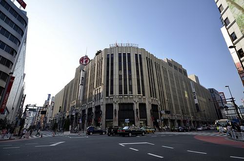 今日は新宿のデパート巡り