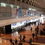 朝6時の羽田空港第2ターミナル