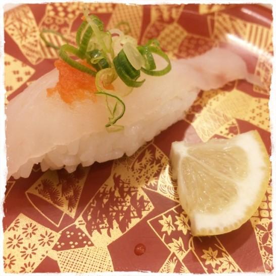 海鮮寿司とれとれ市場のクエ寿司