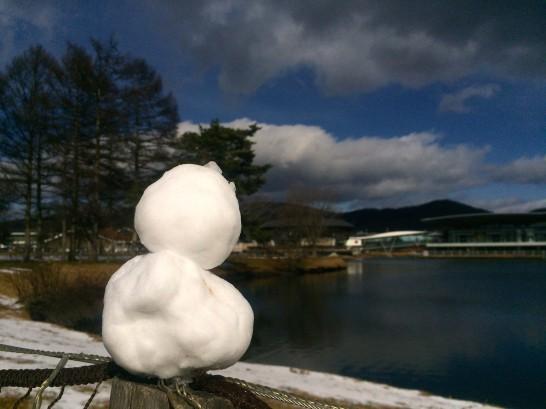 軽井沢アウトレットとチビ雪だるま