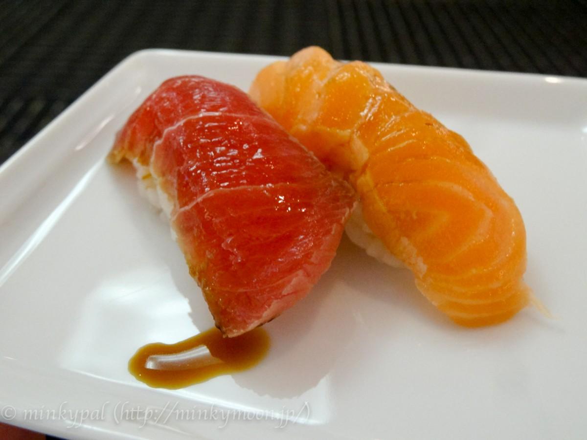 リニューアルした成田空港のANA Loungeで寿司三昧